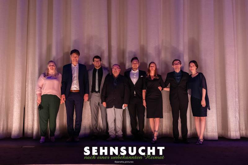"""""""Sehnsucht nach einer unbekannten Heimat"""" - Weltpremiere in der Astor Film Lounge im ARRI München - Das Filmgespräch nach der Vorstellung mit dem Filmteam"""